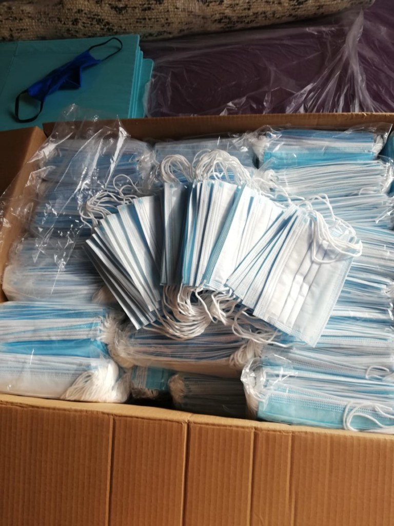 pediatrija 1 768x1024 - Защитные маски для Института педиатрии
